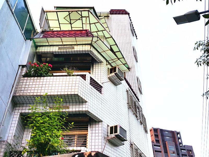 士林捷運超值透天,台北市士林區中正路