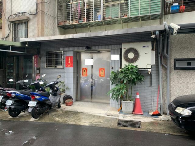社正一樓可停車,台北市士林區社正路