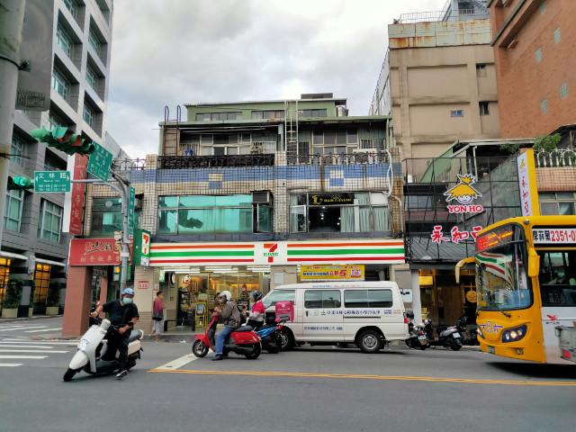 士林捷運正馬路商一透天,台北市士林區文林路