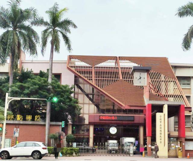 蘭雅靜巷獨戶頂加,台北市士林區德行東路