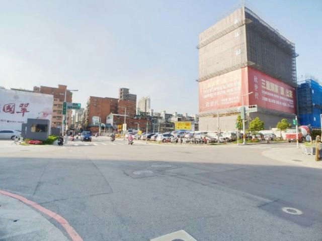 麗捷花園廣場,新北市三重區元信二街